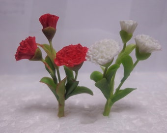 1:12th Scale Dolls House Miniature carnation milk-Food-kitchen-shop-accessory