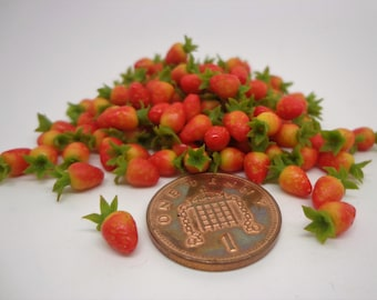 1:12 Scale 10 Hand Made Strawberries Dolls House Miniature Fruit Accessory