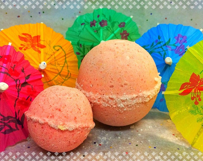 Featured listing image: Strawberry Margarita Bath Bomb