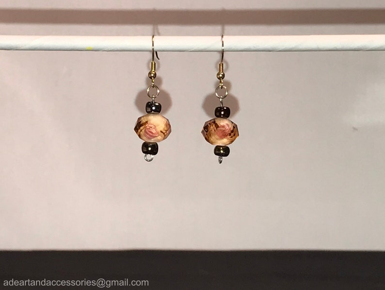 Tan Earring and Bracelet Set