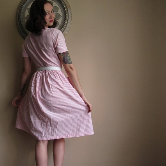 Pinstripe 50s house dress - image 2