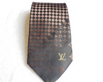 54bf5ad66c9f LV Louis Vuitton Monogram Brown Gold Black 100% Silk Suit Necktie Tie Man s  Gift Man Luxury Style