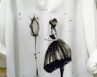"""Hand painted shirt with """"Mirror , mirror...."""". Colorful shirt style. Gift for her. White ladies shirt with unique drawing"""