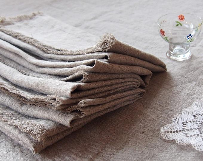 Natural washed linen napkins with fringes. Set of 2 natural linen napkins with fecos. Large napkins of natural linen washed.
