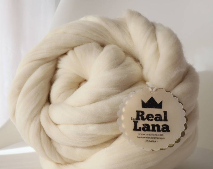 Lana XXL merina blanca natural, Lana para tejer con los brazos, Lana sin hilar, Lana española, 100% natural.