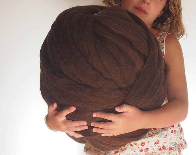 Natural brown XXL merino wool. Weave with arms. Lana de España. Brown XXL Wool. Wool in Wick. Wool without spinning. Thick wool. Lana Chunky