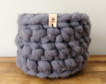 Small Wool Roving Basket