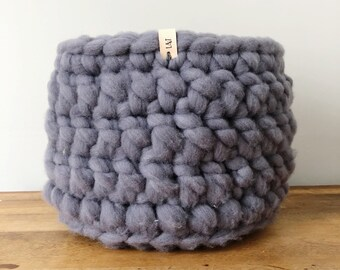 Large Wool Roving Basket