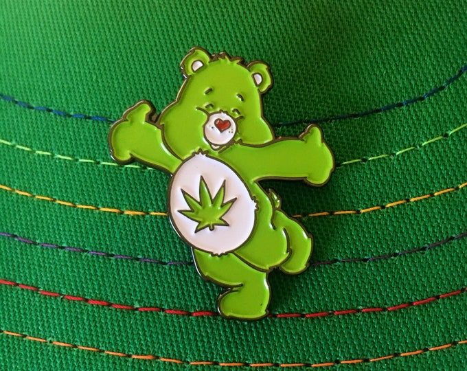 Featured listing image: Stoney Bear Pin