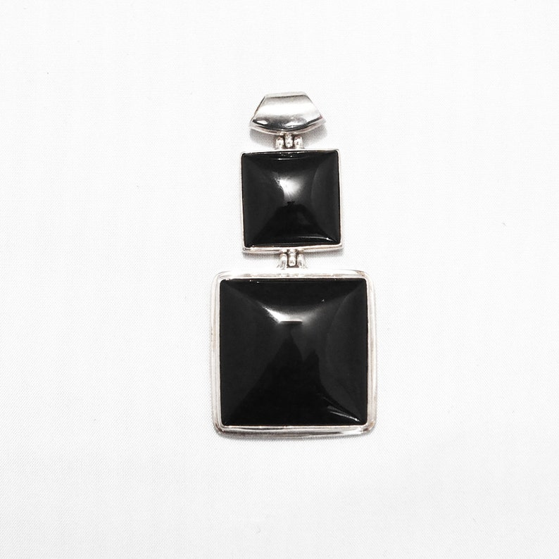 Silver pendant and Onyx stone