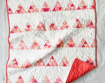 Coral triangles Crib Quilt, Bassinet, Baby, Nursery Wall Hanging, tummy time, Modern Handmade Patchwork