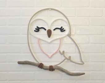 OWL / OWL wool knitting on driftwood, wall decor for nursery or child's room, handmade