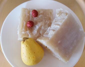 Pear Raspberry Coconut Shampoo Bar