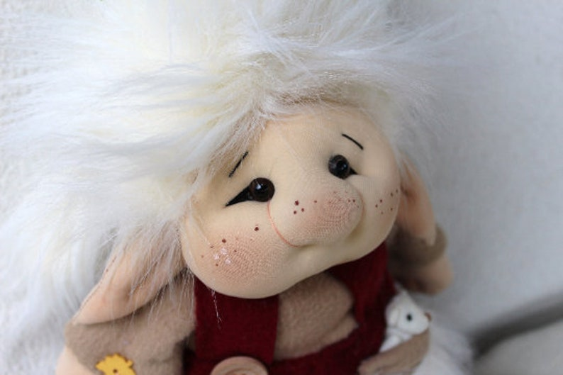 PDF Sewing Manual to make Trolls real size patterns and tutorial step by step in ENGLISH