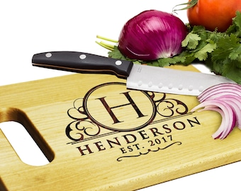 Personalized Maple Cutting Board, Personalized Cutting Board Anniversary Gift Gifts for Couples Personalized Wedding Gift Wood Cutting Board
