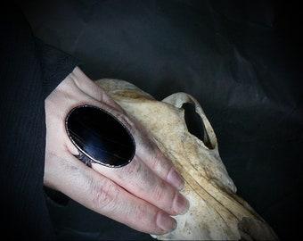 Black onyx mirror ring, scrying ring, oval black gemstone, geometric jewelry, witchkraft magick stone, healing crystal, copper electroform,