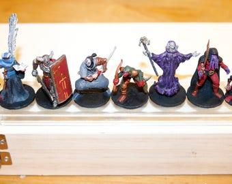 7 Custom medium DnD/RPG minis