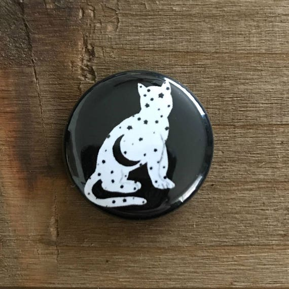 "1"" Black and White Moon Kitten Pin"