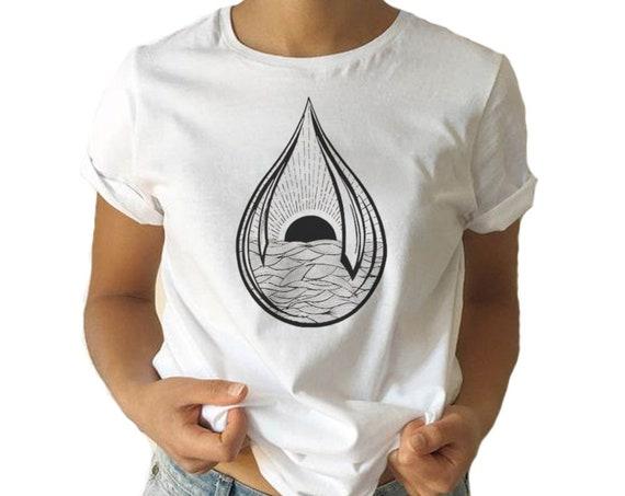 Black Sun Teardrop | Unisex T-shirt | Ink Tattoo style | Graphic Tee | Ocean Waves | Sunrise sunset | ZuskaArt