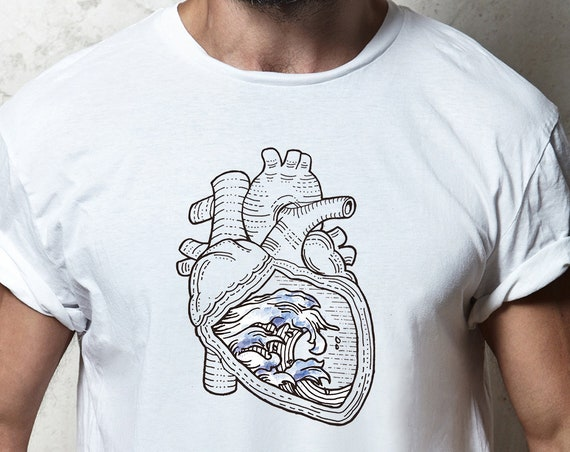 Ocean heart  | Unisex T-shirt | Apparel | Women / Men Clothing | Personalized T-shirt | Surfing tee | Graphic Tee | Sea love | ZuskaArt