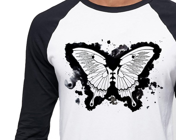 Butterflies in my stomach | Unisex Raglan T-Shirt | Metamorphosis | Kissing faces | Sacred feathers | Native american art | ZuskaArt