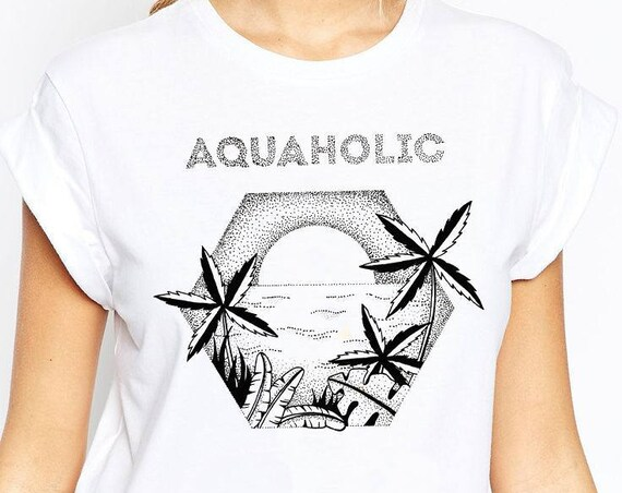 Aquaholic | Unisex T-Shirt | Beach shirt | Surfing Tee | Palm trees | Tattoo style | Original artwork | Ocean sunset |Ink drawing | ZuskaArt
