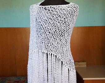 Pure white shawl.