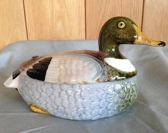 Vintage China Duck Egg bowl