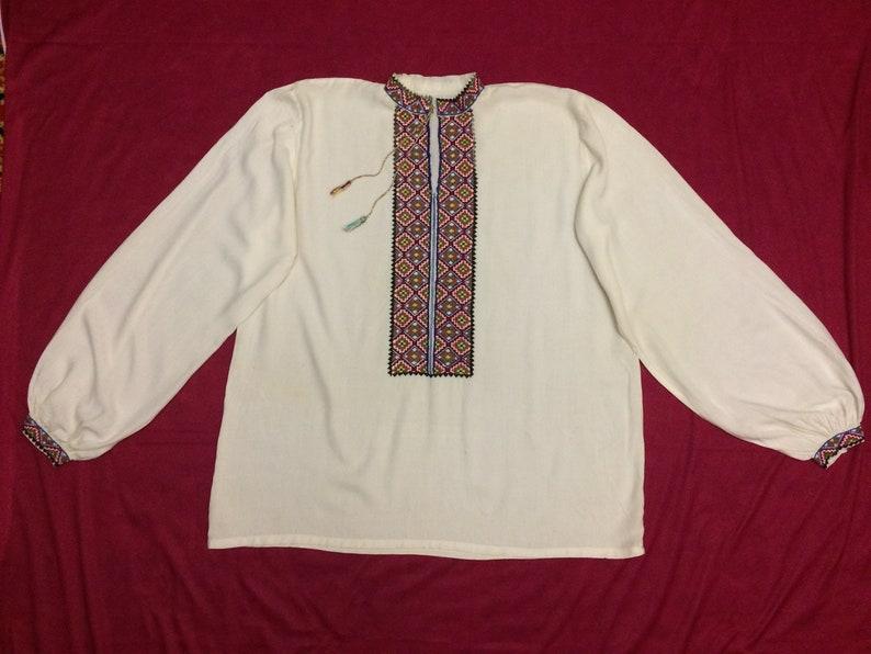 332871127dc Oud Oekraïens hemd, geborduurd shirt, Heren borduurwerk, zijdeachtige stof,  het is geen vlas, handgemaakt Geborduurd kruis, Etnisch Oekraïne