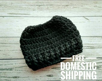 Black Messy Bun Hat, Crochet Pony Tail Hat, Chunky Messy Bun Hat, Bun Beanie, Women's  Trendy Hat, Ponytail Hat, Pony Tail Beanie