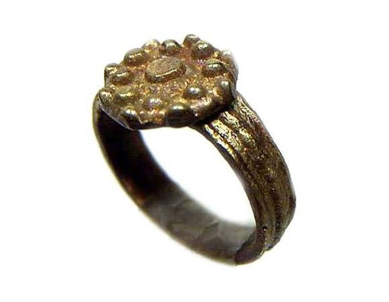 Ancient Roman Ring Byzantine Jewelry Sculpted Bezel Ring Intricate  Starburst Ring AD700 Ribbed Bands Ancient Ring Bronze Ring Size 5 #44519