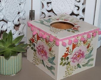 Wild flowers square tissue box