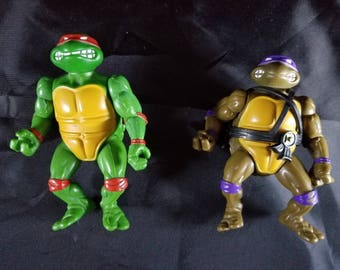 Set of two Vintage Teenage Mutant Ninja Turtles Action figures