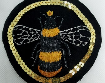 Queen Bee patch- Hand embroidered Queen Bee sew on patch.