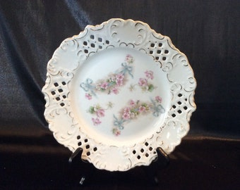 RW Bavaria Retsch And Co. open lace flowers and blue ribbons plate