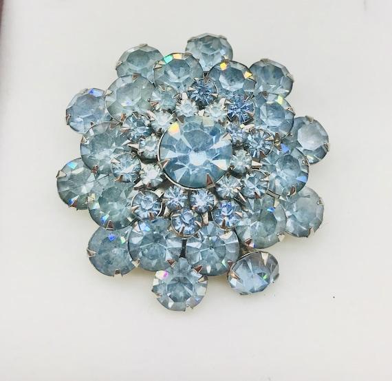1950s Baby Blue Rhinestone Brooch - image 1