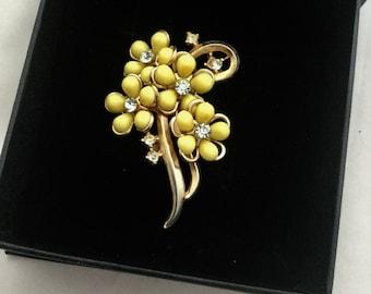 1950's Cute Flower Brooch