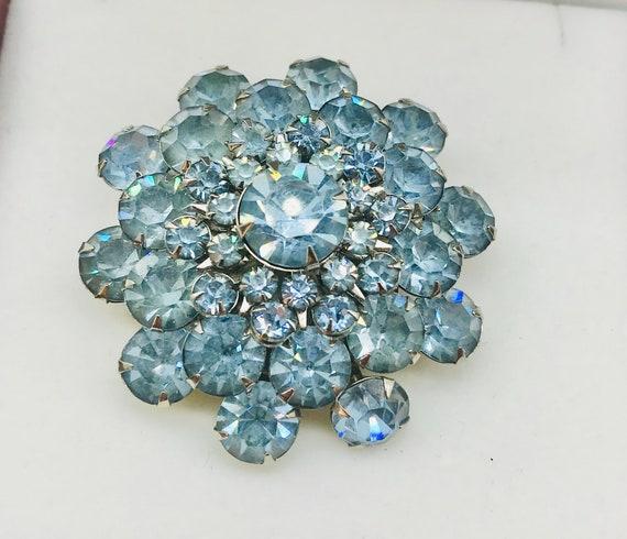 1950s Baby Blue Rhinestone Brooch - image 2