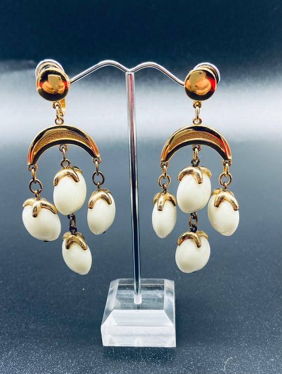 Crown Trifari Cream Earrings