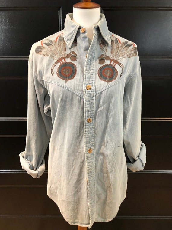 70's Baby Blue Corduroy Button Down Shirt w/Majes… - image 2