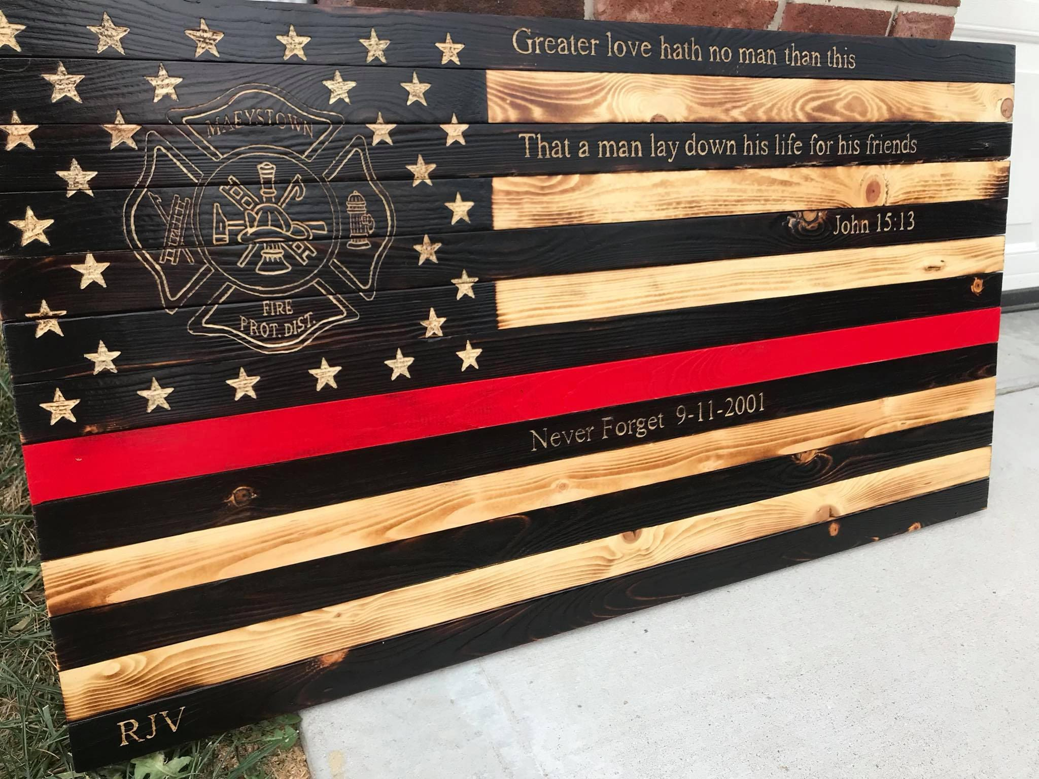 Large Thin Red line Flag, Rustic Thin Red Line Flag, Fireman Flag, Fireman Decor, Personalized Fireman, Memorial