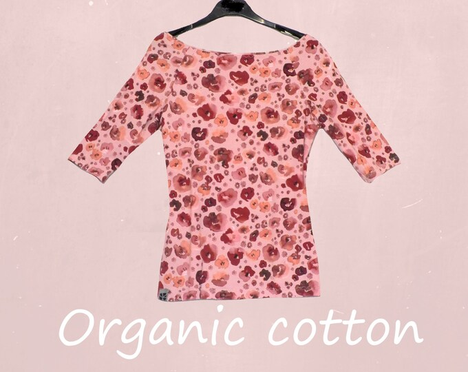 romantic flower printed T shirt with boatneck