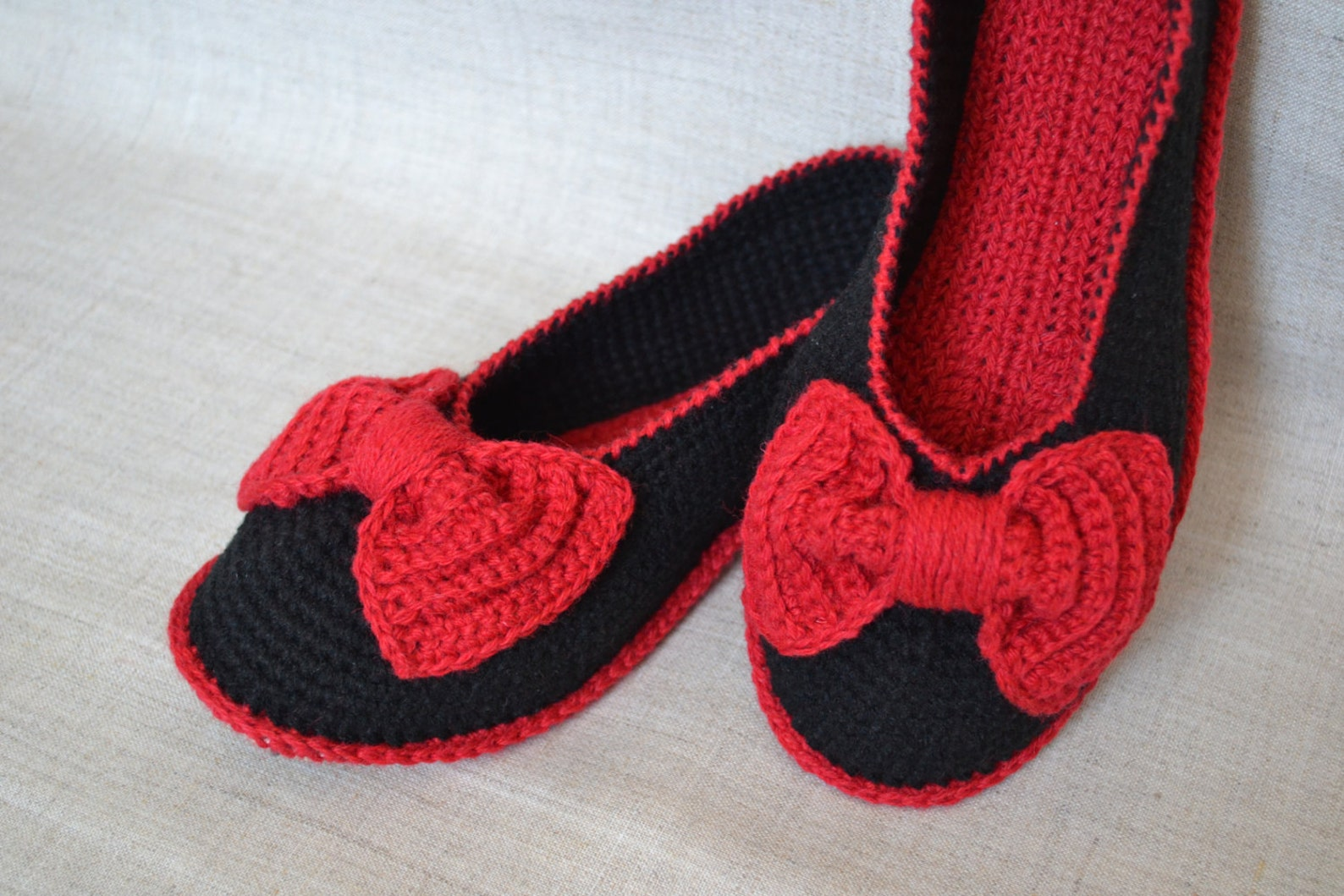 black slippers. knitted ballet shoes. knitting. women's knitted slippers. knitted socks. slippers for youth. slippers, socks
