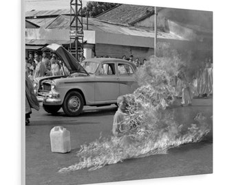 Freedom Fighter The Burning Monk Protestor in Saigon 1963 self-immolation Canvas Gallery Wraps