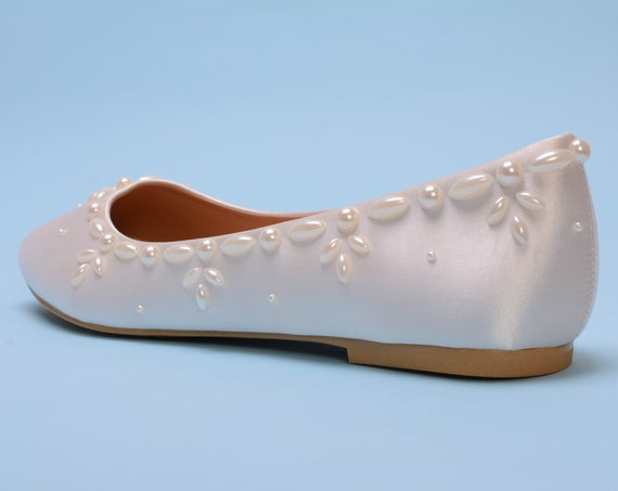 Ivory Pearl flat shoes for wedding, Satin bridal flats for bride