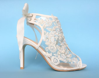 063063c709b4bf Lace wedding shoes for bride
