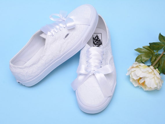 Wedding Vans schoenen voor Bruid, Custom Vans Bridal, Customized Vans Trainers, Lace Vans sneakers, Bride Vans Authentic voor dames