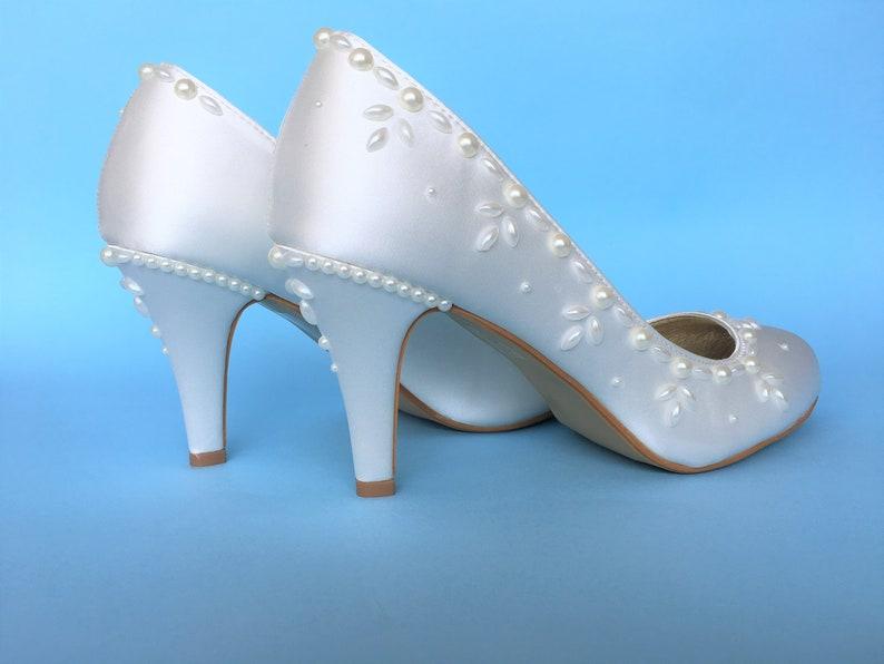 2afa2d041216 Bridal Wedding shoes for bride Wedding heel shoes Satin