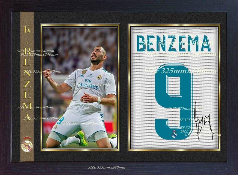 3d37ec424 Karim Benzema Real Madrid ondertekend handtekening voetbal