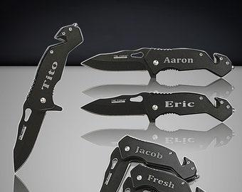 8 Groomsmen engraved gift - 8 Wedding gifts for men & women - Black Tactical engraved knife set - Personalized Groomsmen Black pocket knifes